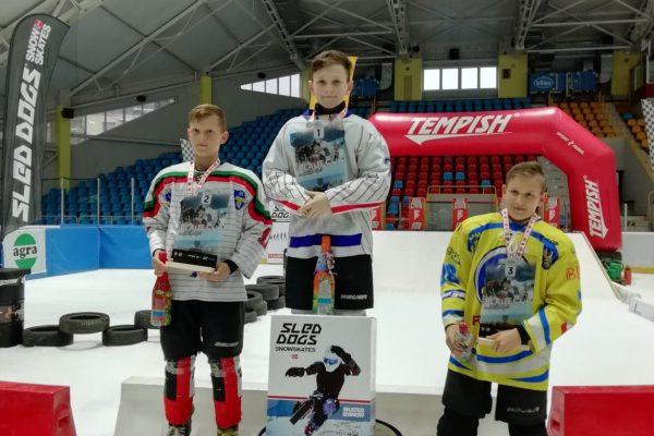 Sukcesy młodych oświęcimian wwyścigach ICE CROSS