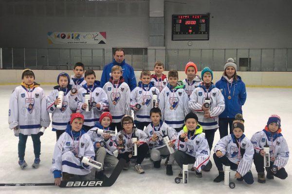 Trzecie miejsce hokejowych Żaków namiędzynarodowym turnieju