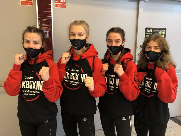 zawodniczki Oświęcimskiego Klubu Karate
